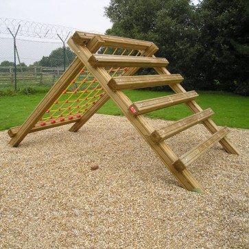fc21-ladder-net-climb-en16630